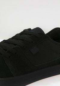 DC Shoes - TONIK - Trainers - black - 5