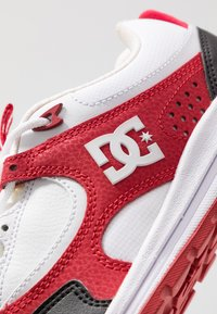 DC Shoes - KALIS LITE - Skate shoes - black/white/red - 5