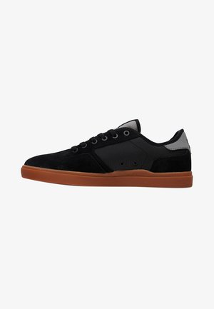 DC SHOES VESTREY SNEAKER - Trainers - black