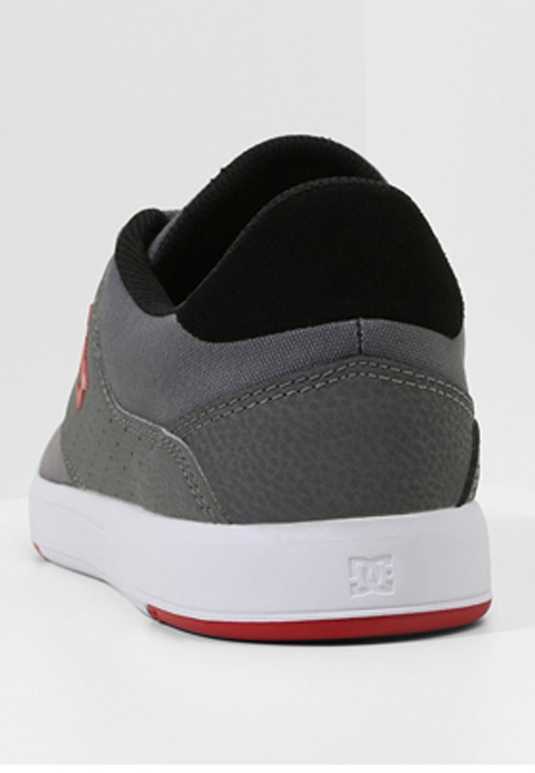 Dc Shoes Baskets Basses - Grey/red