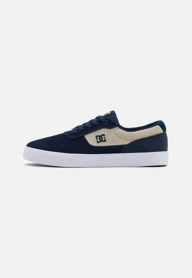 SWITCH - Skate shoes - navy/grey