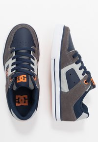 DC Shoes - PURE - Chaussures de skate - grey/dark navy - 0