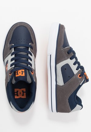 PURE - Skate shoes - grey/dark navy