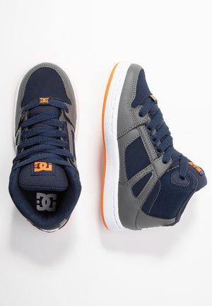 PURE - Chaussures de skate - grey/dark navy