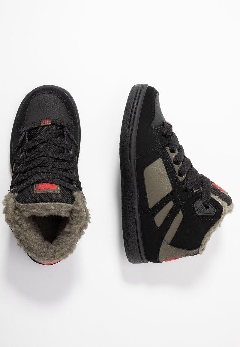 DC Shoes - PURE - Skateboardové boty - black/olive night