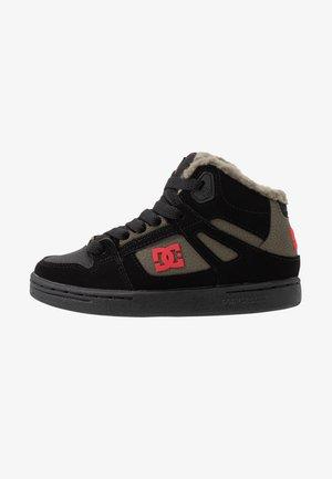 PURE - Skateboardové boty - black/olive night