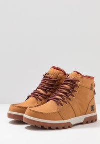 DC Shoes - WOODLAND - Höga sneakers - brown - 2