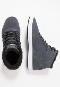 DC Shoes - CRISIS - Skatesko - charcoal grey - 1