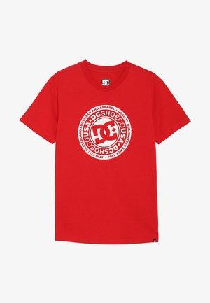 CIRCLE STAR BOY - T-shirt imprimé - racing red/white