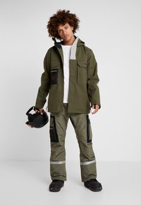 DC Shoes - DEFIANT - Snowboard jacket - olive night - 1