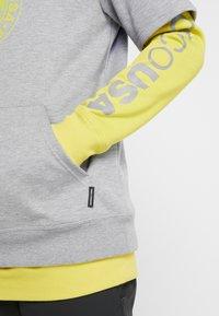 DC Shoes - DRYDEN 2-IN-1 - Felpa con cappuccio - warm olive - 6