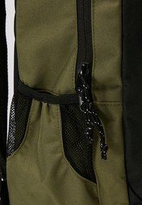 DC Shoes - THE LOCKER - Tagesrucksack - burnt olive - 6