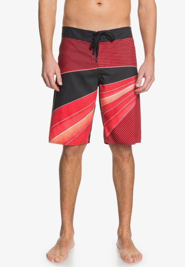 "DC SHOES™ EDGEOFF 21"" - BOARDSHORTS FÜR MÄNNER EDYBS03091 - Swimming shorts - racing red"