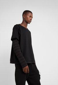 Damir Doma - Långärmad tröja - black - 0