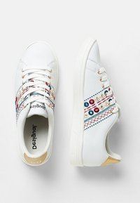 Desigual - Sneakers laag - white - 2