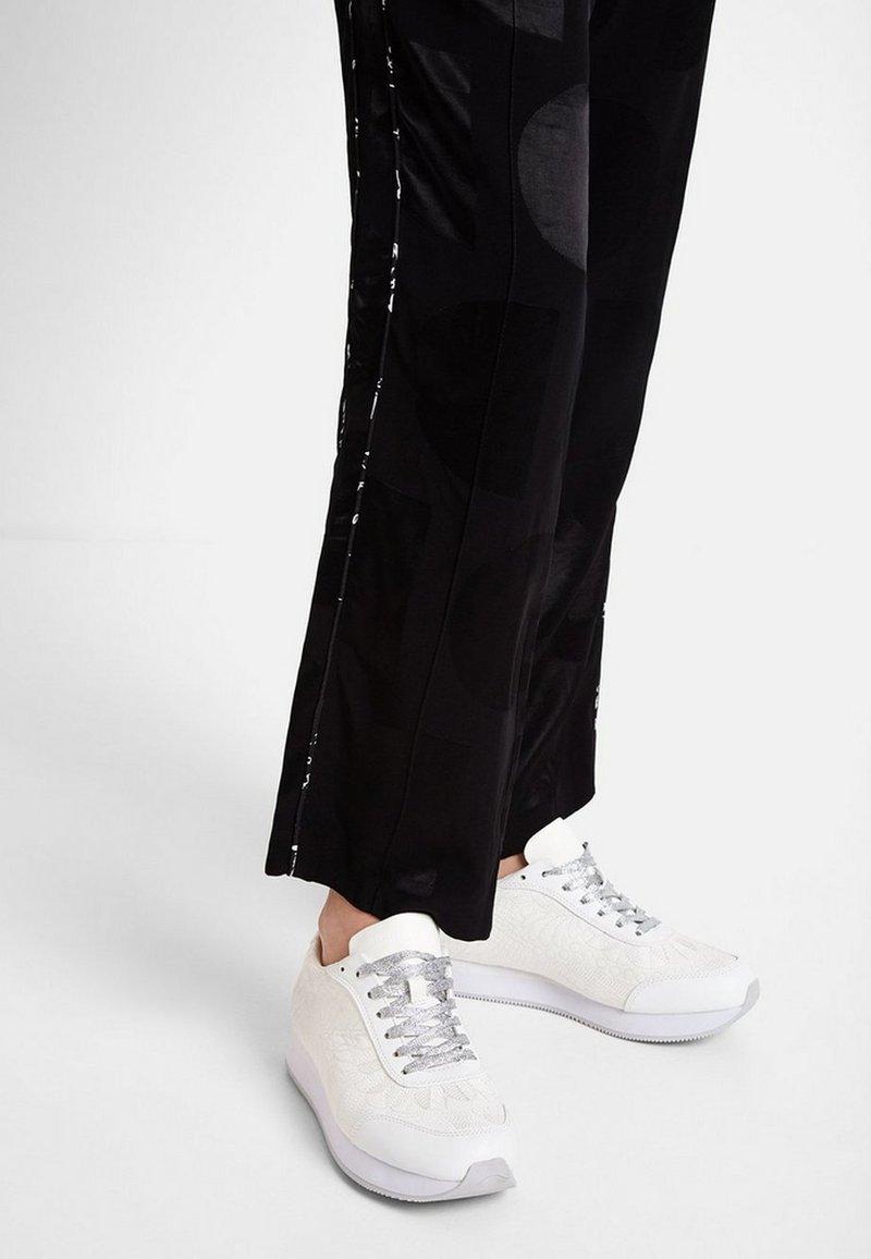 Desigual - GALAXY LOTTIE - Sneakers laag - white