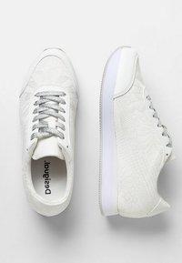Desigual - GALAXY LOTTIE - Sneakers laag - white - 2