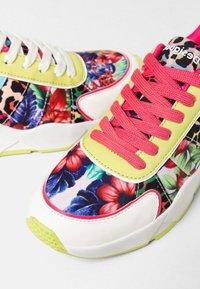 Desigual - Sneakers laag - green - 6