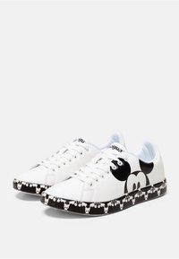 Desigual - MICKEY - Sneaker low - white - 3