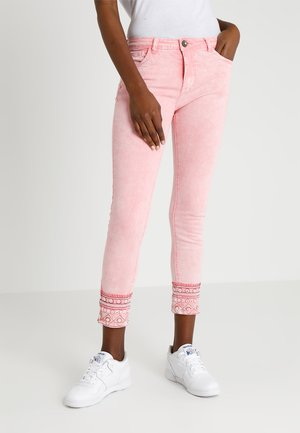 PANT MIAMI - Jean slim - rose