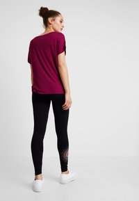 Desigual - ALEXANDRA - Leggings - black - 2