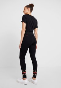 Desigual - PANT AMANDA - Leggings - black - 2