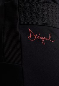 Desigual - PANT AMANDA - Leggings - black - 4