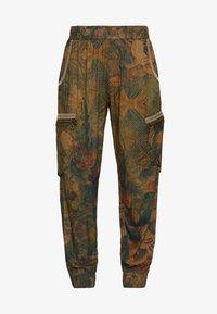 Desigual - PANT CORFU - Pantalon classique - verde bosque - 3