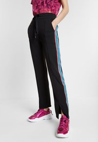 Desigual - PINTUCK STUDIO - Broek - black - 0