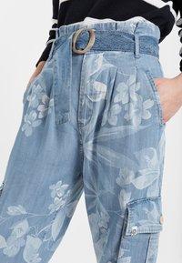 Desigual - DENIM_ALBIWON - Jeans slim fit - blue - 3