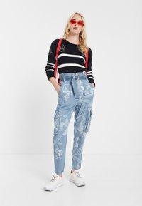 Desigual - DENIM_ALBIWON - Jeans slim fit - blue - 1