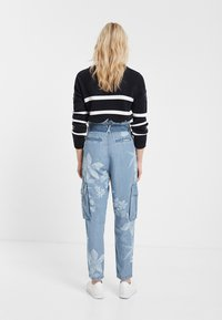 Desigual - DENIM_ALBIWON - Jeans slim fit - blue - 2
