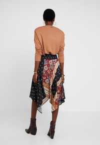 Desigual - FAL BLUNT - A-line skirt - black - 2