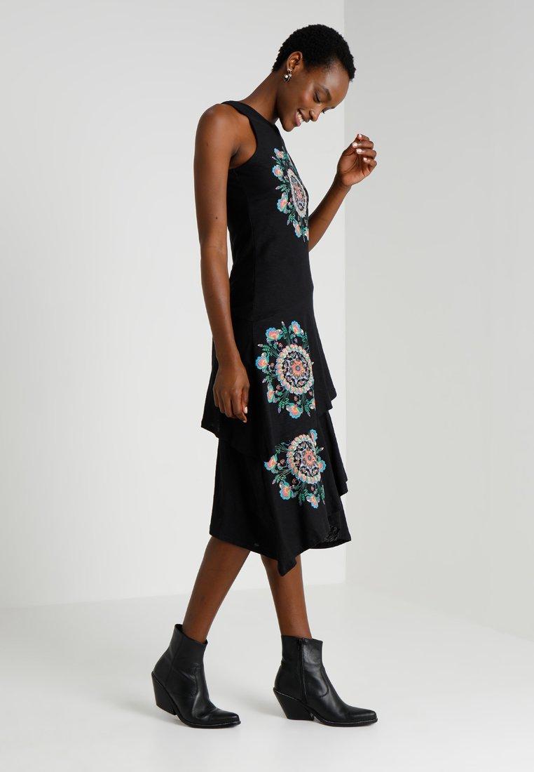 Desigual - VEST CHELSEA - Day dress - black
