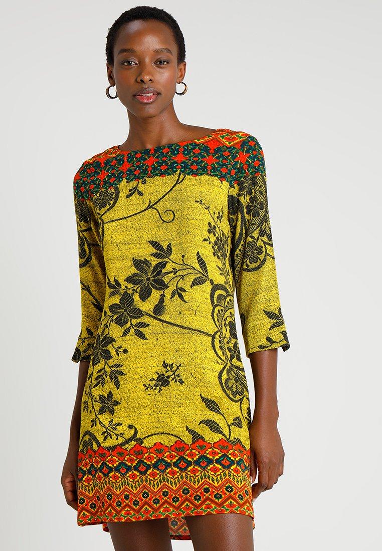 Desigual - ASTRID - Vestido informal - yellow
