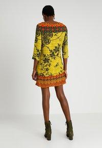 Desigual - ASTRID - Vestido informal - yellow - 2