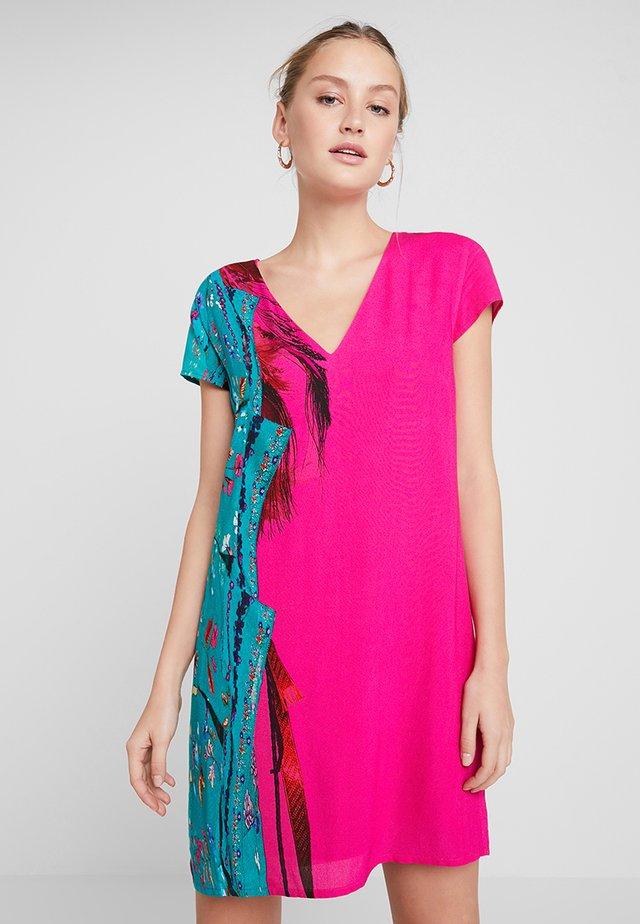 VEST WALING - Korte jurk - pink