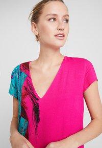 Desigual - VEST WALING - Robe d'été - pink - 3