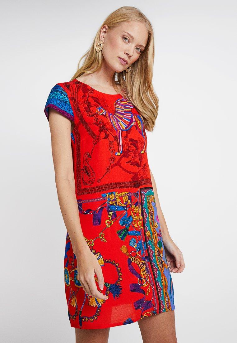 Desigual - VEST KODA - Vestido informal - red