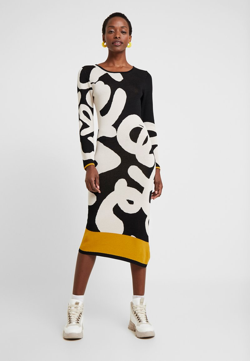 Desigual - MOREMORE - Strikket kjole - black