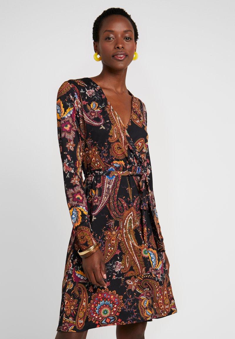 Desigual - CIRA - Jerseyklänning - black
