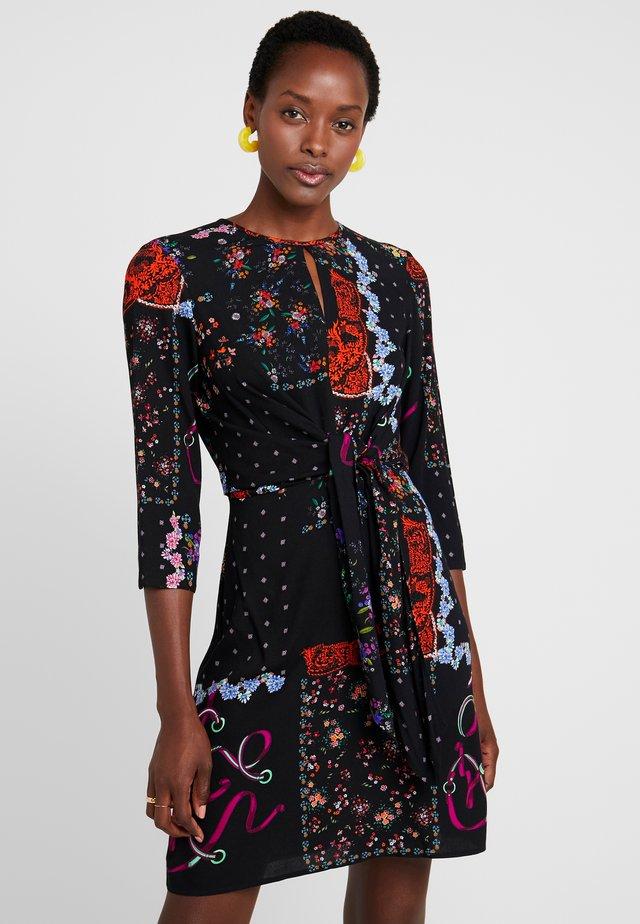 LEIA - Korte jurk - black