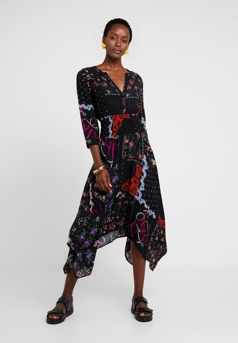 Desigual - JANA - Maxi šaty - black