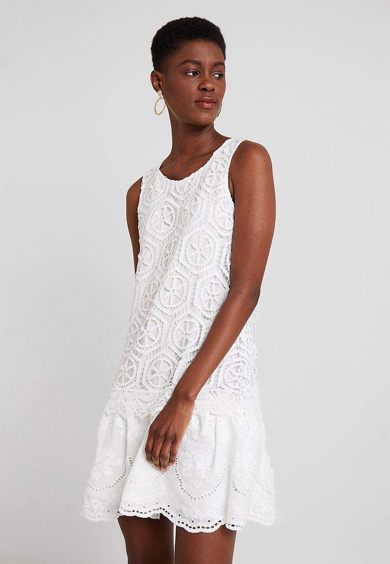 Desigual - VEST LUCIA DESIGNED BY MR. CHRISTIAN LACROIX - Korte jurk - blanco