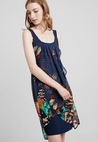 Desigual - BUTTERFLY - Sukienka letnia - azafata - 4