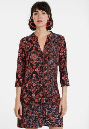 VALERIA - Robe chemise - black