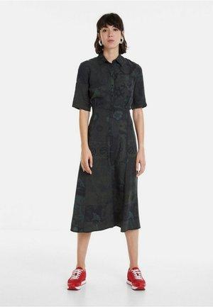 VEST_GINEBRA - Skjortklänning - green