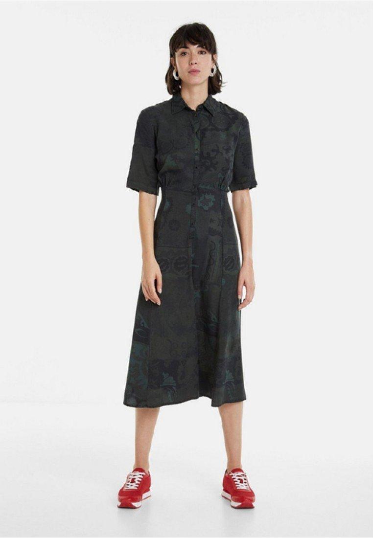 Desigual - VEST_GINEBRA - Sukienka koszulowa - green