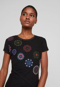 Desigual - VEST DAMMI - Vestito estivo - multi-coloured - 5