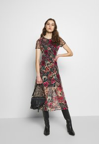 Desigual - VEST CALGARY - Shirt dress - marron - 1
